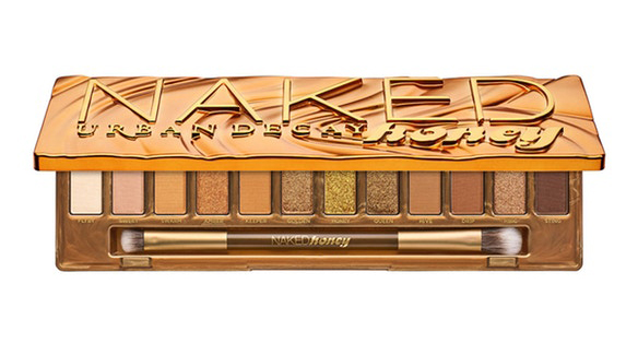 Urban Decay Naked Honey Palette makes the perfect eyeshadow palette this Valentine's Day